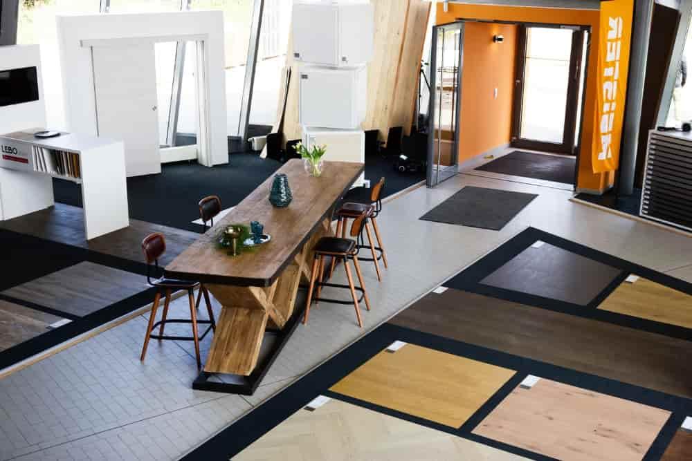 Innenansicht Ausstellung Holz Ideenwelt Freudenberg